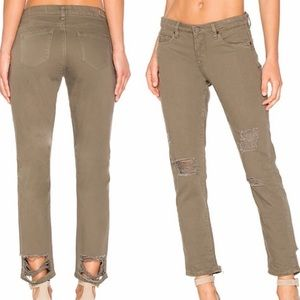 Blank NYC Cropped Girlfriend Jeans - 30